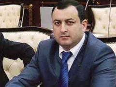 """Deputatdan əsəbi reaksiya: """"İsa Əzizovun yaxından-uzaqdan federasiyamıza aiddiyyatı yoxdur"""""""
