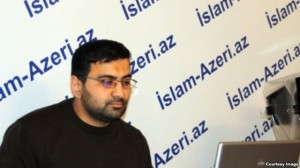 """""""İslam-azeri.az"""" internet qəzetinin baş redaktoru 1 il 6 ay müddətinə azadlıqdan məhrum edildi"""