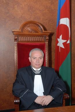 İlham Əliyev Fərhad Abdullayevi Konstitusiya Məhkəməsinin sədri təyin etdi