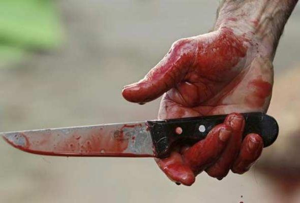Qonşusunu bıçaqlayan məktəb direktoru özünü öldürdü ...