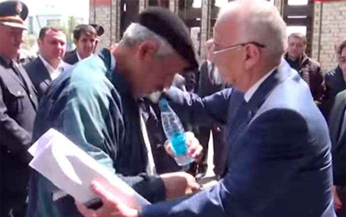 """Hacıbala Abutalıbov: """"Ağlama, qurban olum..."""" - VİDEO"""