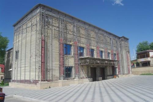 şəmkirdə sökülən bina