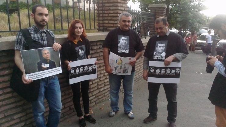 Tiflisdə azərbaycanlı siyasi məhbuslara etiraz aksiyası keçirilib