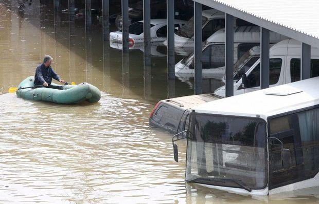 Tiflis su altında: Ölənlərin sayı 5-ə çatıb