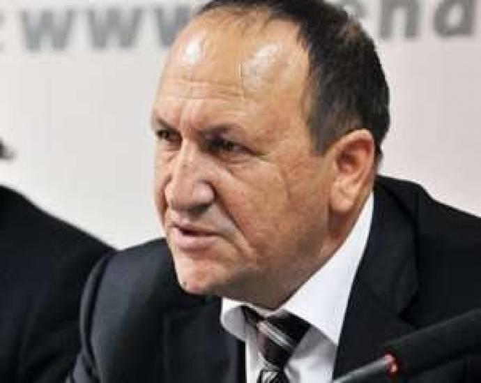 """""""TV Musa"""" ölkədən qaçıb - Əli Əsədov qürub edir"""