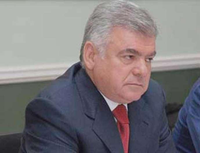 Ziya Məmmədov 8 nəfəri işdən qovdu