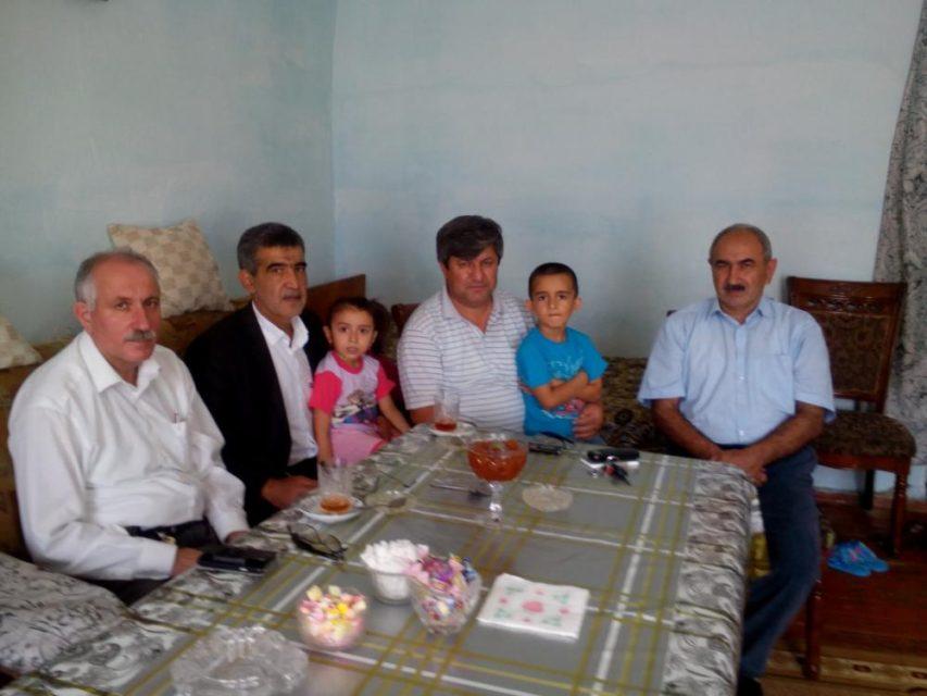 Vətəndaş Cəmiyyətinin Müdafiə Komitəsi üzvləri Qurban Bayramında vicdan məhbus ailələrini ziyarət etdi