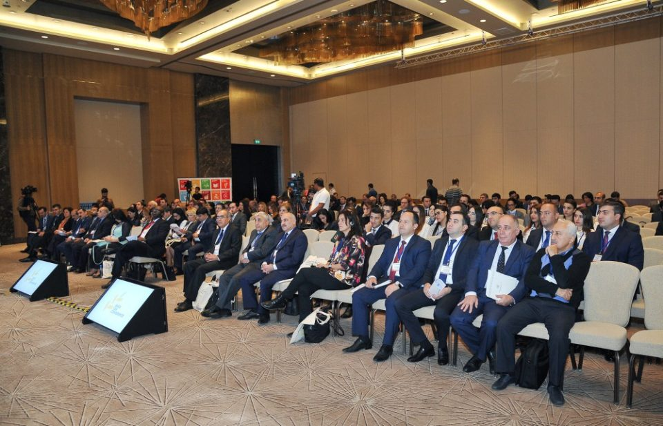 Azercell Dayanıqlı İnkişaf və Korporativ Sosial Məsuliyyət konfransında iştirak etdi