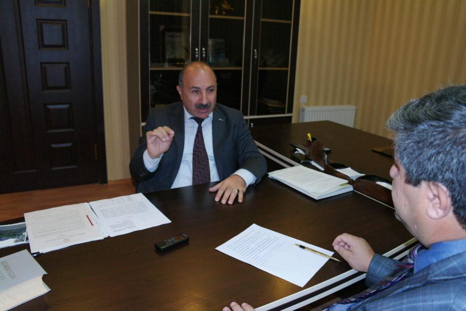 """""""Mənim torpağımda Eldar Mahmudova villa tikiblər, 5 milyon ziyandayam"""""""