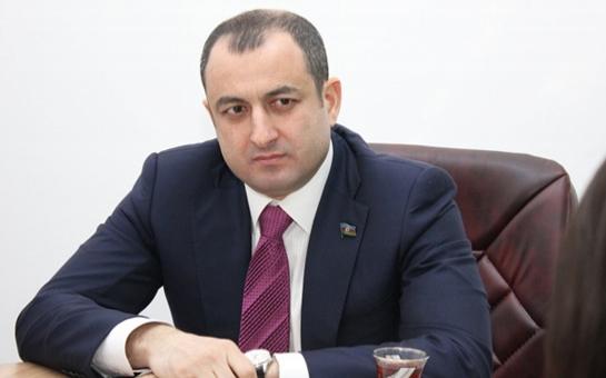 Deputat Adil Əliyev məmurları hədələdi, onlara Mahmudovun taleyini xatırlatdı