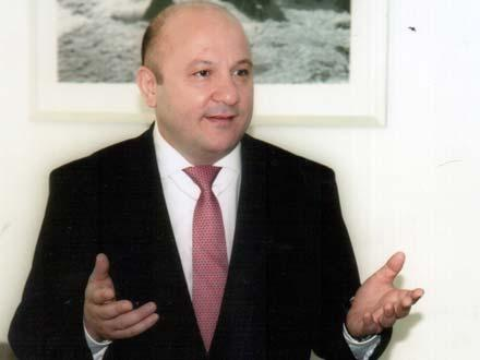 Hüseyn Abdullayevdən Yeni il təbriki