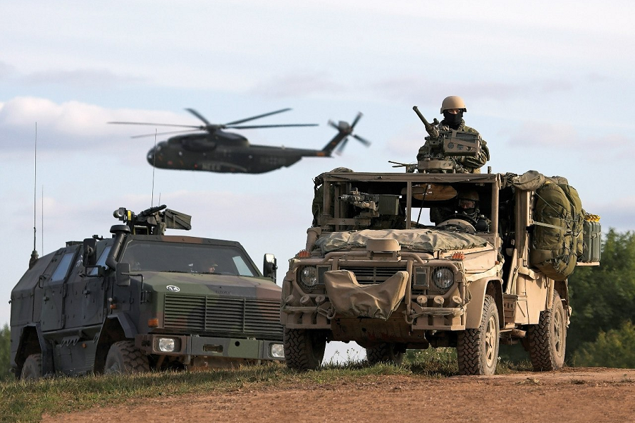"""""""Rusiya NATO ilə, NATO isə Rusya ilə toqquşmağa hazırdır"""""""