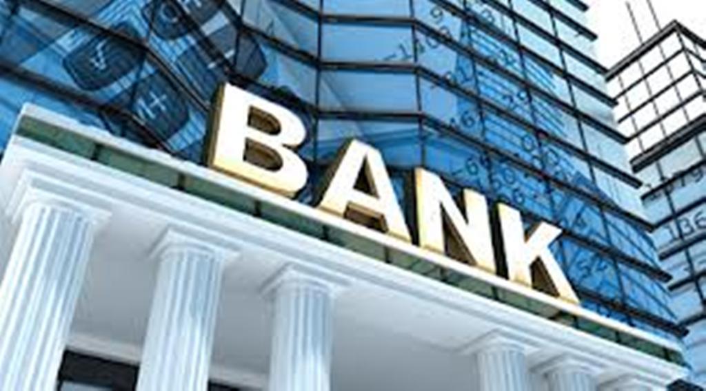 Lisenziyaları ləğv olunan 3 banka 93 milyon manat ödənildi