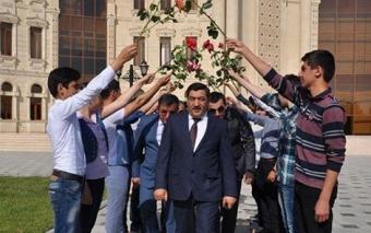 """Salyan rayon İcra başçısı Tahir Kərimov: """"Məni istəyən-istəməyən, hamısı nə gəldi danışır..."""""""