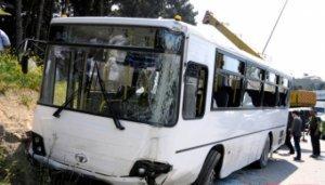 Bakıda avtobus qəza törətdi