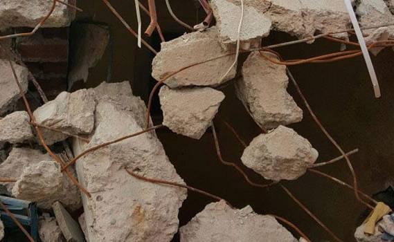 Diyarbakırda təhlükəsizlik qüvvələrinin olduğu bina çöküb