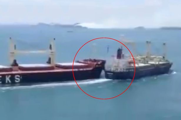İki gəmi toqquşub, 10 nəfər itkin düşüb