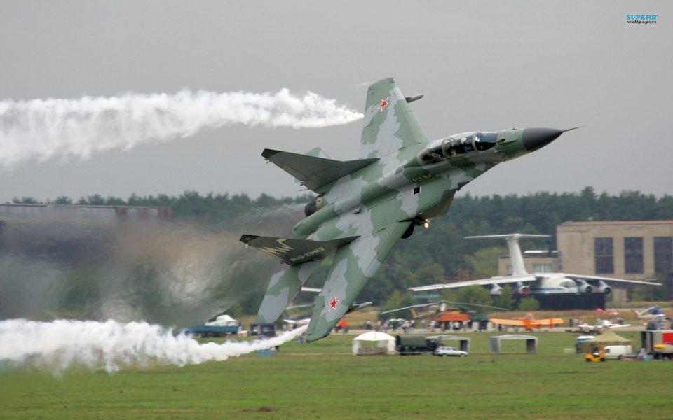 Rusiya Ermənistandakı hava bazasını gücləndirdi
