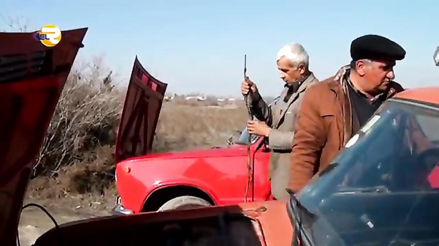 """Ucarlı ixtiraçı maşına """"əl gəzdirdi"""" - yanacağı 2 dəfə azaltdı - VİDEO"""
