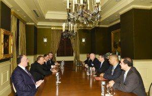 Prezident İlham Əliyev ABŞ konqresmenləri ilə görüşüb