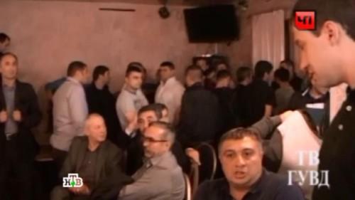 Азербайджанцы, задержанные в кафе