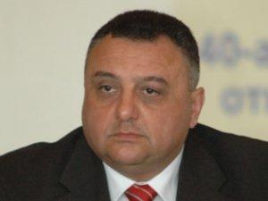 Mahmudovun oğlunun torpaqları, atasının pultuna birləşdirilən ofis telefonu...