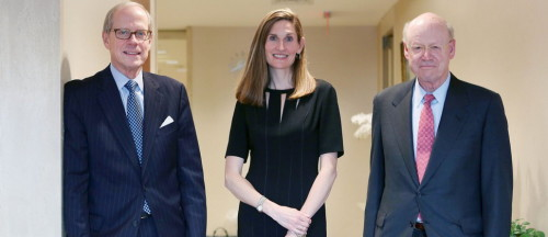 From left: Stephen Heintz, President of the Rockefeller Brothers Fund, Valerie Rockefeller Wayne, the chair of the fund, and Steven Rockefeller, a son of Nelson Rockefeller and a trustee of the fund, in New York, Sept. 16, 2014. The family whose legendary wealth flowed from Standard Oil is planning to announce on Monday that its $860 million philanthropic organization, is joining the divestment movement that began on college campuses. (Hiroko Masuike/The New York Times)