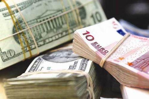 dollar manat 1