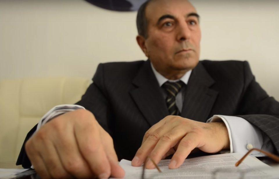 ''Direktor totalitar rejimin prokuroru kimi çıxış edir'' - VİDEO