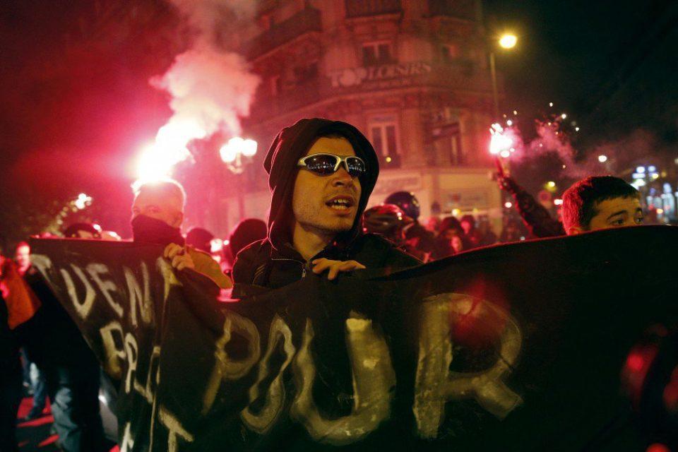 Parisdə nümayişçilərlə polis arasında toqquşma - 22 nəfər həbs olundu