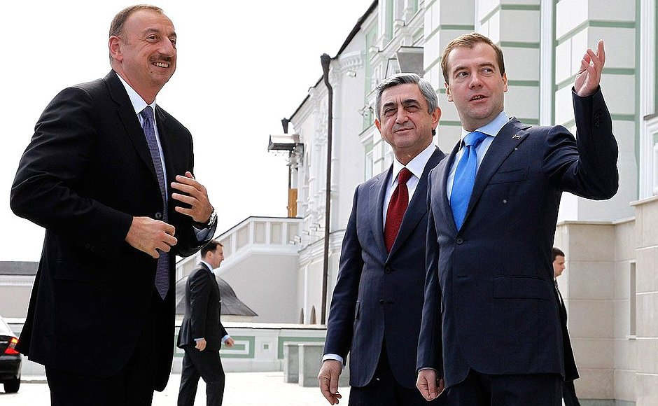 """Lavrov Yerevanda yenə """"köhnə hava çaldı"""" – Azərbaycan isə böyük güzəştindən hər an imtina edə bilər!"""