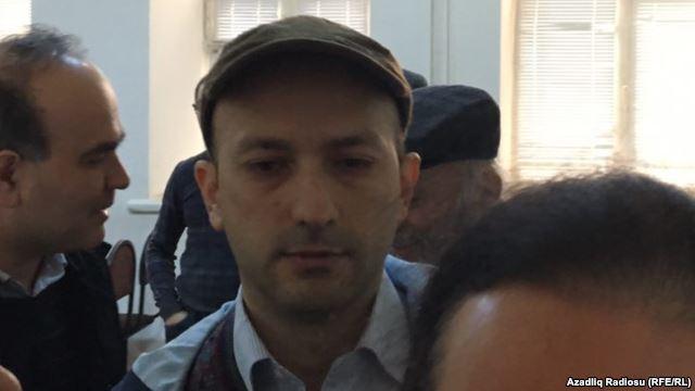 Emin Millinin qaynı şərti cəzayla azad edildi