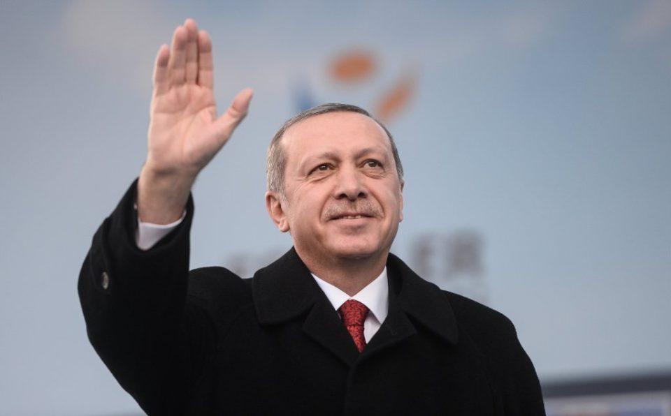Türk ekspert: AKP-nin xarici siyasəti Türkiyəni dalana dirəyib – Təhlil
