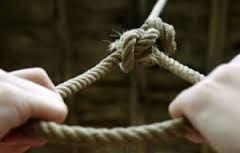 İki uşaq atası borca görə intihar etdi