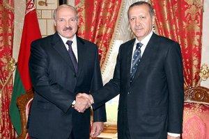 Rusiya nəşri: Lukaşenko Türkiyəyə niyə gedib? – Təhlil