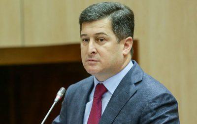 Prezident Kərəm Həsənovu ağlatdı-səlahiyyətləri alındı