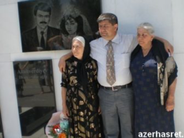 Sevgililər Gününü Azərbaycana gətirən İLK YAZI