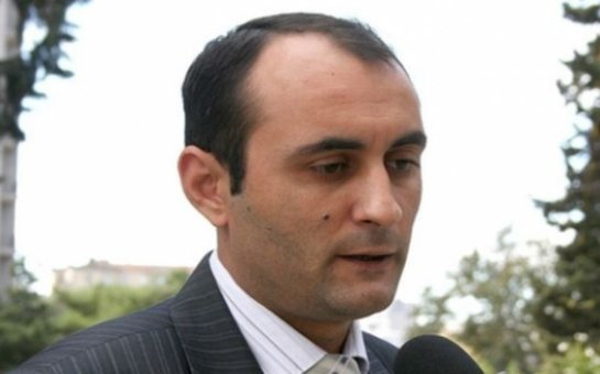 """""""O, həbsini qanunsuz sayır və azadlığa çıxmaq istəyir"""" - Oqtay Gülalıyev"""