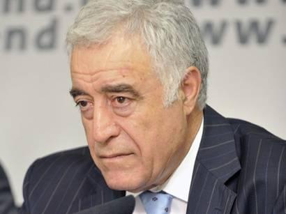 İlyas İsmayılov referendumdan yazdı