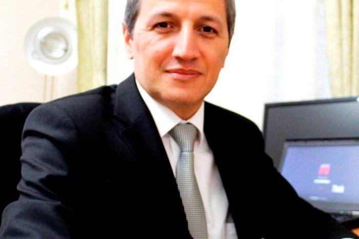 """Ələsgər Əhmədoğlu yazdı: """"10 milyon adam 900 nəfərə möhtac qaldı"""""""