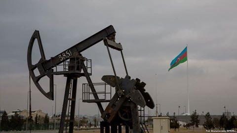 Xam neftin ixracı 407 min 412 ton və ya 31, 7 faiz azalıb