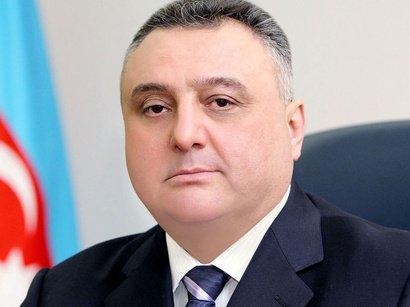 Eldar Mahmudov cangüdənlərini niyə işə qaytarır?!