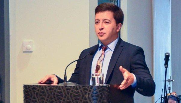 """Deputatdan rus səfirin qətliylə bağlı maraqlı yazı:""""Niyə məhz Karlov?!"""""""