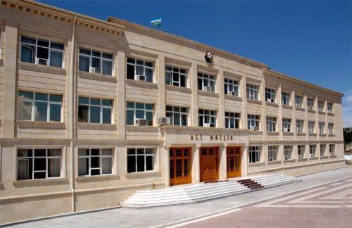 Baş redaktoru da Vasif Talıbov təyin edir-AZAD SÖZ