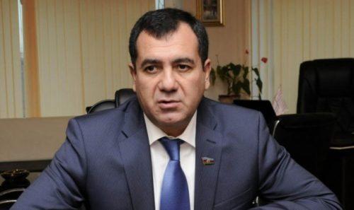 """Deputat etiraz etdi: """"Xoşlarına gəlməyən deputatın mandatını alacaqlar"""""""