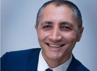 """Vasif İsmayıl yazır: """"İçməli su və gümüş qab-qacaq..."""""""