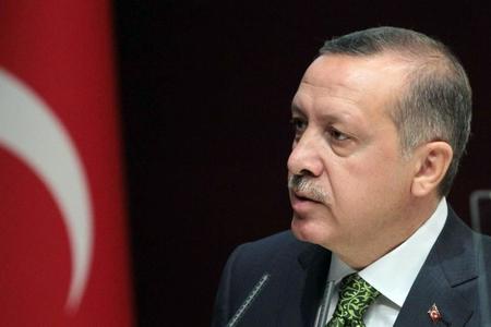 Türkiyə prezidenti Ərdoğan huşunu itirib, həkimlər müdaxilə edib