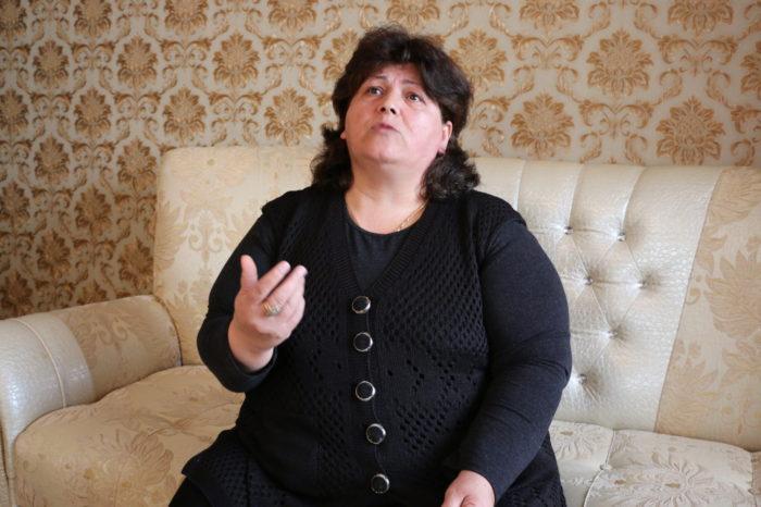 """Elmira Məmmədova: """"Mənim yetimlərimin pulunu verin!""""-VİDEO"""