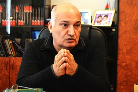 Sərdar Cəlaloğlu Molla Pənah Vaqif və Səməd Vurğunu hədəfə götürdü, sərt cavablar aldı