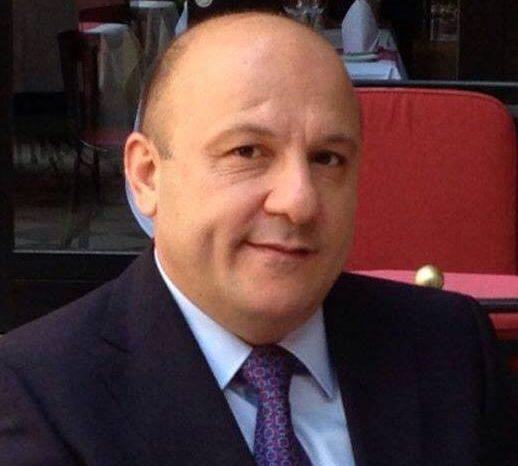 """Hüseyn Abdullayev Vergilər naziri Fazil Məmmədovdan yazdı: """"...sənin kimi """"dormoyedlər"""""""""""